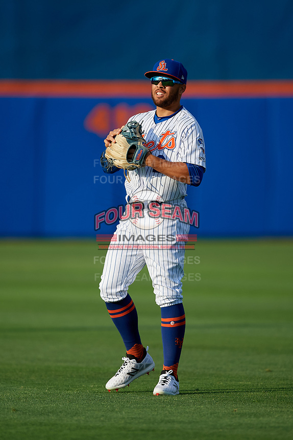 St. Lucie Mets center fielder Desmond Lindsay (2) during warmups before a Florida State League game against the Florida Fire Frogs on April 12, 2019 at First Data Field in St. Lucie, Florida.  Florida defeated St. Lucie 10-7.  (Mike Janes/Four Seam Images)