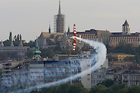 0708193980a Red Bull Air Race international air show qualifying runs over the river Danube, Budapest preceding the anniversary of Hungarian state foundation. Hungary. Sunday, 19. August 2007. ATTILA VOLGYI