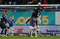 Kopfball Daniel Gordon (Karlsruher SC) - 04.10.2019: SV Darmstadt 98 vs. Karlsruher SC, Stadion am Boellenfalltor, 2. Bundesliga<br /> <br /> DISCLAIMER: <br /> DFL regulations prohibit any use of photographs as image sequences and/or quasi-video.