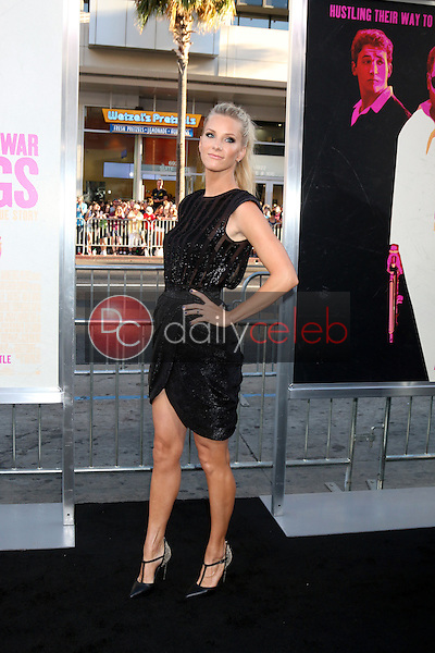Heather Morris<br /> at the &quot;War Dogs&quot; Premiere, TCL Chinese Theater IMAX, Hollywood, CA 08-15-16<br /> David Edwards/DailyCeleb.com 818-249-4998