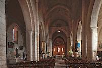 Europe/France/Aquitaine/24/Dordogne/Le Buisson-de-Cadouin: Abbaye de Cadouin - L'église abbatiale de Cadouin est une église romane de trois nefs avec quatre travées voûtées en berceau brisé.<br /> :