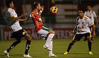 SAO PAULO SP, 31 Julho 2013 - PORTUGUESA  X CRICIUMA -  Marcelo Canete da Portuguesa durante partida contra o Criciuma valida pelo campeonato brasileiro de 2013  no Estadio do Caninde em  Sao Paulo, nesta quarta, 31. (FOTO: ALAN MORICI / BRAZIL PHOTO PRESS).