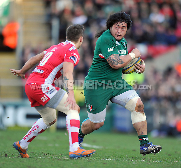 Logovi'i Mulipola in possession. Aviva Premiership match, between Leicester Tigers and Gloucester Rugby on February 16, 2014 at Welford Road in Leicester, England. Photo by: Patrick Khachfe / JMP
