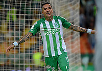 MEDELLÍN - COLOMBIA, 06-05-2018: Dayro Moreno de Atlético Nacional celebra después de anotar un gol a Leones F.C. durante partido por la fecha 19 de la Liga Águila I 2018 jugado en el estadio Atanasio Girardot de la ciudad de Medellín. / Dayro Moreno payer of Atletico Nacional celebrates after scoring a goal to Leones F.C. during match for the date 19 of the Aguila League I 2018 at Atanasio Girardot stadium in Medellin city. Photo: VizzorImage/León Monsalve/Cont