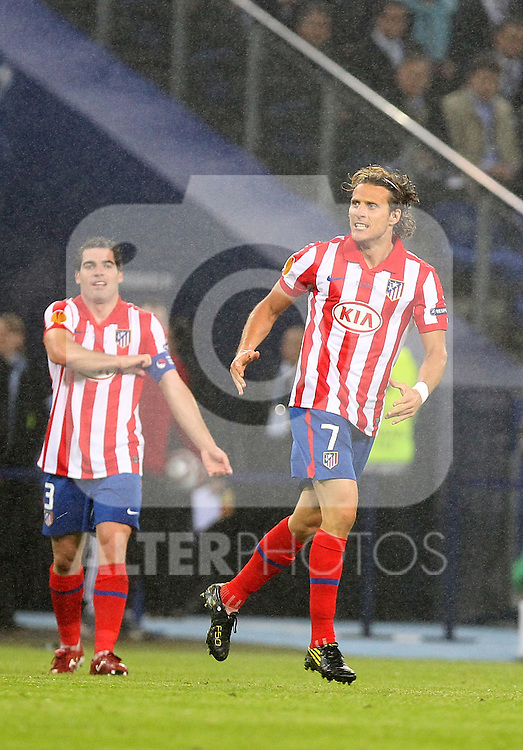 Atletico de Madrid's Diego Forlan celebrates goal during UEFA Europa League final match, May 12, 2010. (ALTERPHOTOS/Alvaro Hernandez).