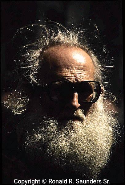 ELDERLY MAN WITH BIG GREY BEARD