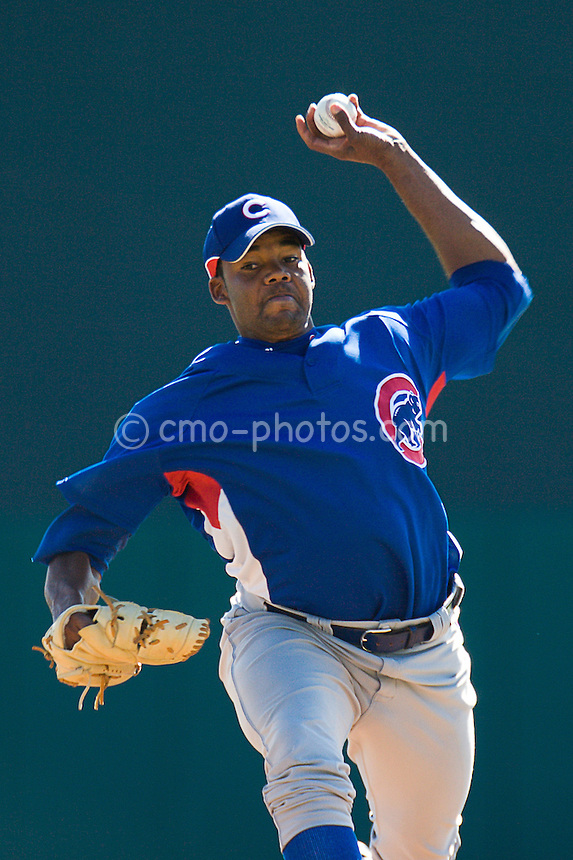 Mar 21, 2008; Tucson, AZ, USA;  Chicago Cub pitcher Les Walrond (60) throws a pitch during a game against the Colorado Rockies at Hi Corbett Field.