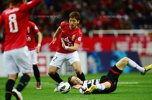 Yuki Abe (Reds), Roland Linz (Muangthong),.MARCH 12, 2013 - Football / Soccer :.AFC Champions League Group F match between Urawa Red Diamonds 4-1 Muangthong United at Saitama Stadium 2002 in Saitama, Japan. (Photo by AFLO)