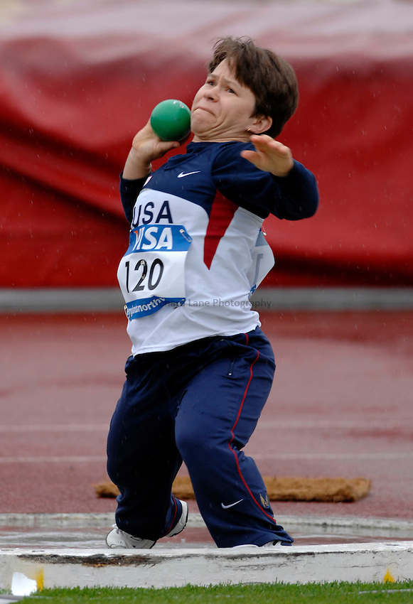 Photo: Richard Lane..VISA Paralympic World Cup 2007. Athletics. 13/05/2007. .Jill Kennedy of USA in the women's F40 shot put.