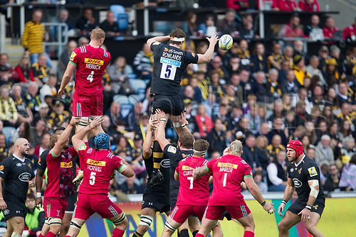 17th September 2017, Ricoh Arena, Coventry, England; Aviva Premiership rugby, Wasps versus Harlequins;  Will Rowlands takes the lineout ball for Wasps