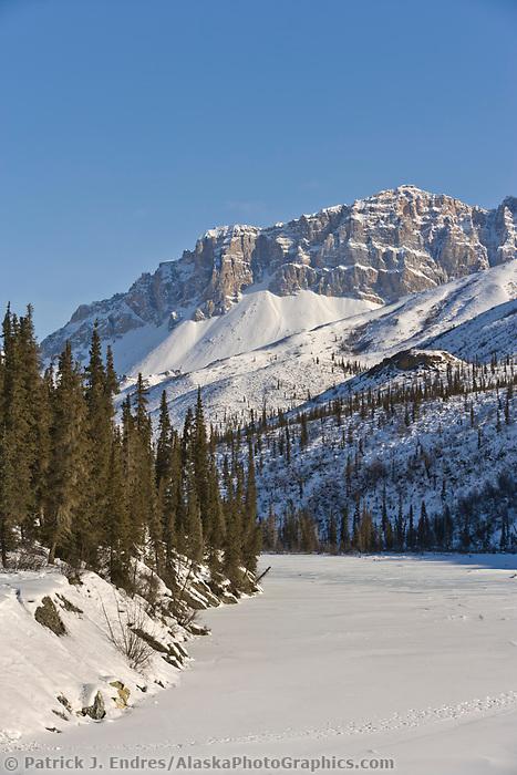 Table mountain, Nutirwik creek, Brooks range, Arctic, Alaska.