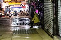 Notturno per l evie di Orano Night in Oran streets