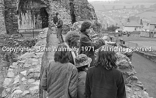 They took the kids on a trip to North Wales to visit an old castle, some caves and to walk in the hills, Scotland Road Free School, Liverpool  1971.  Also known as the Scotland Road or Scottie Road Free School it was founded and run by two teachers, John Ord and Bill Murphy (if I've got these names wrong, please tell me!) who worked with truanting kids and provided somewhere to go and things to do.  They begged and borrowed an old building, desks, books and an old ambulance for trips.