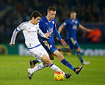 Oscar of Chelsea holds off Jamie Vardy of Leicester City - English Premier League - Leicester City vs Chelsea - King Power Stadium - Leicester - England - 14th December 2015 - Picture Simon Bellis/Sportimage