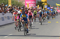 TUNJA - COLOMBIA, 13-02-2020: Pelotón de ciclistas durante la llegada de tercera etapa del Tour Colombia 2.1 2020 con un recorrido de 177,7 km que se corrió entre Paipa y Sogamoso, Boyacá. / main group of bike riders during the arrive of the third stage of 177,7 km as part of Tour Colombia 2.1 2020 that ran between Paipa and Sogamoso, Boyaca.  Photo: VizzorImage / Darlin Bejarano / Cont