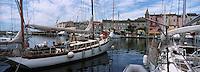 France/2B/Haute Corse/Nebbio/Saint-Florent: le village et le port