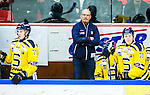 Huddinge 2015-09-20 Ishockey Division 1 Huddinge Hockey - S&ouml;dert&auml;lje SK :  <br /> S&ouml;dert&auml;ljes tr&auml;nare coach Mats Waltin under matchen mellan Huddinge Hockey och S&ouml;dert&auml;lje SK <br /> (Foto: Kenta J&ouml;nsson) Nyckelord:  Ishockey Hockey Division 1 Hockeyettan Bj&ouml;rk&auml;ngshallen Huddinge S&ouml;dert&auml;lje SK SSK portr&auml;tt portrait tr&auml;nare manager coach