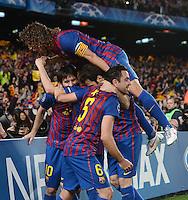 FUSSBALL   CHAMPIONS LEAGUE SAISON 2011/2012   HALBFINALE   RUECKSPIEL        FC Barcelona - FC Chelsea       24.04.2012 Jubel nach dem 0:1: Lionel Messi, Cesc Fabregas, Xavi Hernandez (v.l) und Carles Puyol obenauf (alle Barca)