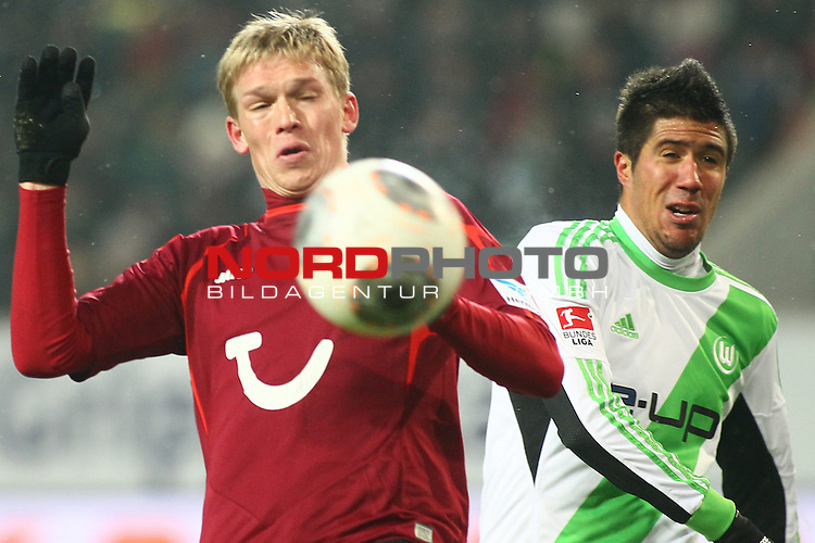25.01.2014, Volkswagen Arena, Wolfsburg, GER, 1.FBL, VfL Wolfsburg vs Hannover 96, im Bild  Artjoms Rudnevs (Hannover #16)<br /> <br /> Foto &copy; nph / Schrader