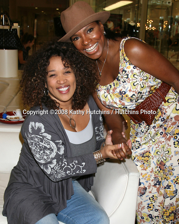"Kym Whitley & Sheryl Lee Ralph as they are shopping for shoes and purses as the Carmen Steffens store hosts the  ""Divas Simply Singing"" ladies at the Carmen Steffens Store at the Westfield Fahion Square Mall, in Sherman Oaks,  CA on.October 9, 2008.©2008 Kathy Hutchins / Hutchins Photo....                ."