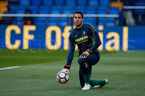 April 28th 2017, Vila-real, Castellon, Spain, La Liga football league, Vilarreal versus Real Sporting de Gijon; Andres Fernandez of Villarreal CF catches the ball during the warm up session prior to the game;