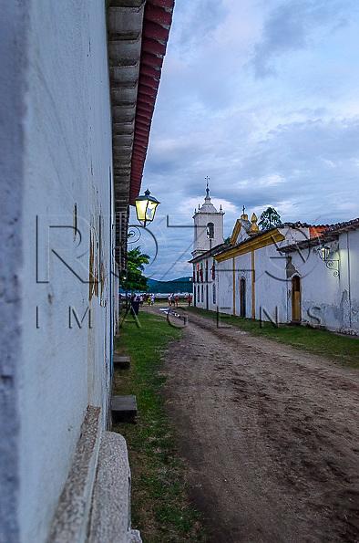 Igreja Nossa Senhora das Dores no centro históric0, Paraty- RJ, 12/2013.