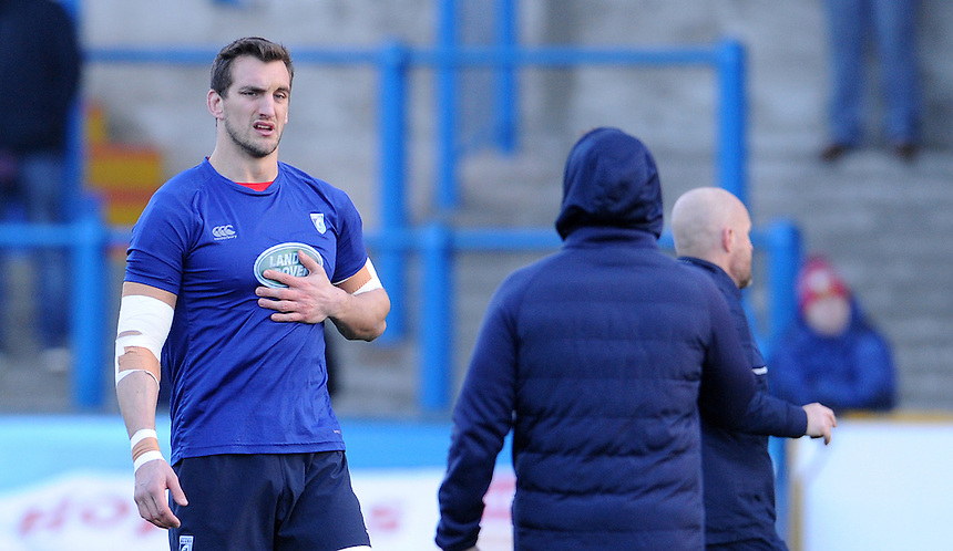 Cardiff Blues' Sam Warburton during the pre match warm up<br /> <br /> Photographer Ian Cook/CameraSport<br /> <br /> Guinness PRO12 Round 11 - Cardiff Blues v Newport Gwent Dragons - Monday 26th December 2016 - Cardiff Arms Park - Cardiff<br /> <br /> World Copyright &copy; 2016 CameraSport. All rights reserved. 43 Linden Ave. Countesthorpe. Leicester. England. LE8 5PG - Tel: +44 (0) 116 277 4147 - admin@camerasport.com - www.camerasport.com