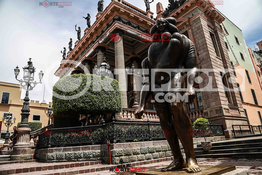 Juarez Theater, historical, dating from the late nineteenth-century building in the Mexican city of Guanajuato in Mexico. The complex was built in 1872-1903 by the architect Jose Noriega, commissioned by General Florencio Antillon was later finished by Mexican architect Antonio Rivas.<br /> *****Photo: LuisGutierrez
