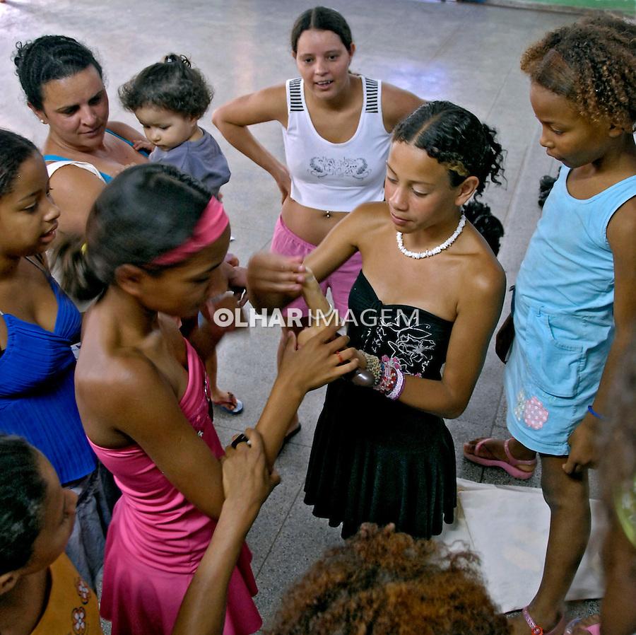 Dia Mundial de Luta Contra a AIDS. Educação sexual. Vila Brasilândia. São Paulo. 2007. Foto de Juca Martins.