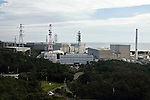 (FILE) Photo shows the Hamaoka Nuclear Power Plant in Omaezaki, Shizuoka Prefecture, Japan in 2007. The subject of much controversy, the Hamaoka nuclear facility is built directly over the subduction zone near the junction of two tectonic plates. Photographer: Robert Gilhooly