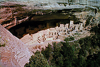 Mesa Verde Cliff Palace, the largest and most famous cliff dwelling in Mesa Verde National Park. Has over 150 individual rooms and more than 20 kivas.