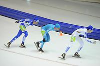 SCHAATSEN: HEERENVEEN: 25-10-2014, IJsstadion Thialf, Marathonschaatsen, Erik Jan Kooiman (#37), Bob de Vries (#1), Mats Stoltenborg (#44), ©foto Martin de Jong