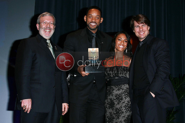 Leonard Maltin and Will Smith with Jada Pinkett Smith and Tom Cruise<br />