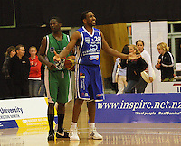 Saints guard Ernest Scott appeals to the umpire after a call in the Jets' favour during the NBL Round 14 match between the Manawatu Jets  and Wellington Saints. Arena Manawatu, Palmerston North, New Zealand on Saturday 31 May 2008. Photo: Dave Lintott / lintottphoto.co.nz