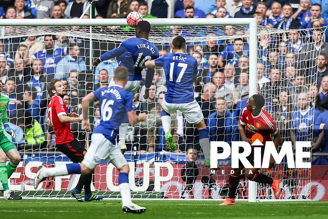 Romelu Lukaku of Everton rises highes to head goalwards during the FA Cup Semi-Final match between Everton and Manchester United at Wembley Stadium, London, England on 23 April 2016. Photo by David Horn / PRiME Media Images.