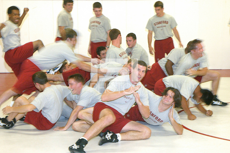 2003-2004 wrestling team photo.