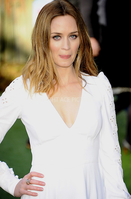 "WWW.ACEPIXS.COM . . . . .  ..... . . . . US SALES ONLY . . . . .....January 30 2011, London....Emily Blunt at the UK film premiere of ""Gnomeo & Juliet"" at the Odeon Leicester Square on January 30 2011 in London....Please byline: FAMOUS-ACE PICTURES... . . . .  ....Ace Pictures, Inc:  ..Tel: (212) 243-8787..e-mail: info@acepixs.com..web: http://www.acepixs.com"