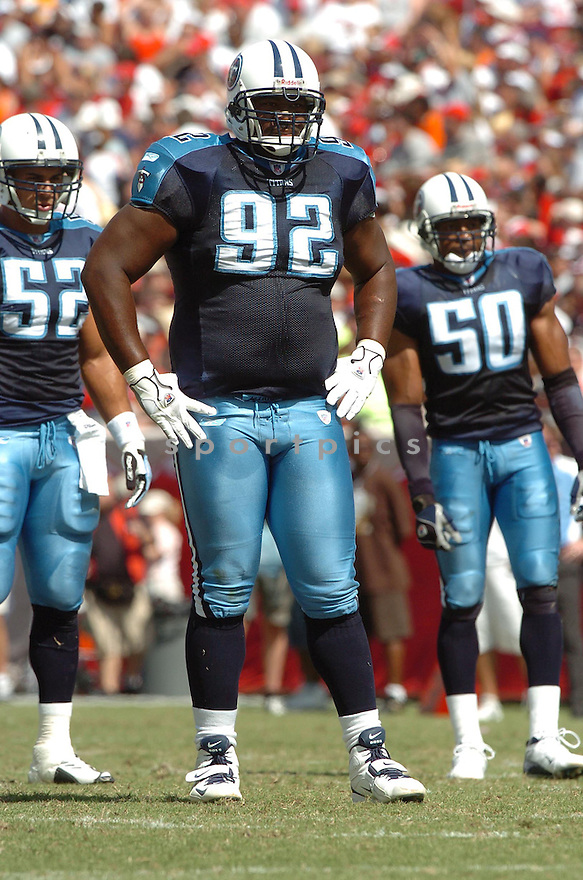 ALBERT HAYNESWORTH, of the Tennessee Titans , in action during the Titans games against the Tampa Bay Buccaneers , in Tampa Bay, FL on October 14, 2007.  ..The Buccaneers won the game 13-10...COPYRIGHT / SPORTPICS..........