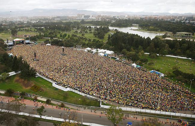 Vista aerea del Parque Simon Bolivar Bogota durante la recepciuon a la uego de participar en el Mundial de Brasil el 6 de julio de 2014.<br /> <br /> Foto: Daniel Mu&ntilde;oz/Archivolatino<br /> <br /> COPYRIGHT: Archivolatino<br /> Solo para uso editorial. No esta permitida su venta o uso comercial.