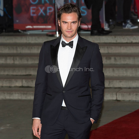 Tom Bateman attends Murder On The Orient Express World Premiere - London, England (02/11/2017) Credit: Ik Aldama/DPA/MediaPunch ***FOR USA ONLY***