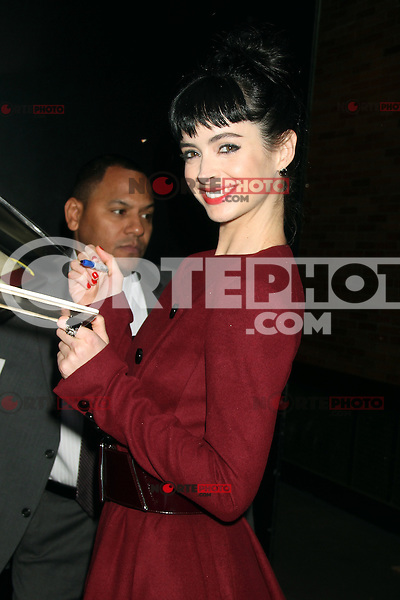 NEW YORK, NY - OCTOBER 24: Oct. 24, 2012 Krysten Ritter at Good Morning America in New York City to talk about the new season of Don't Trust the B---- in Apartment 23. Credit: RW/MediaPunch Inc. /NortePhoto .<br /> ©NortePhoto
