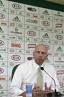 SÃO PAULO, SP, 28 JANEIRO DE 2013  - NOVO GERENTE DE FUTEBOL, OMAR FEITOSA - Apresentação do novo gerente de futebol do palmeiras, Omar Feitosa, na manhã dessa segunda-feira, 28, na Academia de Futebol, zona oeste da capital-   FOTO LOLA OLIVEIRA - BRAZIL PHOTO PRESS