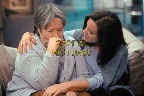 KATHY BATES & ELIZABETH PERKINS.in My Sister's Keeper.Filmstill - Editorial Use Only.Ref: 11485.www.capitalpictures.com.sales@capitalpictures.com.Supplied by Capital Pictures