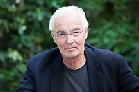 Il 17 ottobre 2016  in Germania &egrave; stato premiato il &quot;romanzo dell&rsquo;anno&quot;. Ma il  Premio del libro tedesco &egrave; molto di pi&ugrave; di questo. Per il Paese rappresenta l'apice dell'autunno letterario. Anche se - come tutti i premi che si rispettano - anche qui non mancano le critiche.<br /> <br /> Il riconoscimento di quest'anno &egrave; andato allo scrittore tedesco Bodo Kirchhoff per &quot;Widerfahrnis&quot;, un romanzo sull'amore e sull'anelito tedesco verso l'Italia.