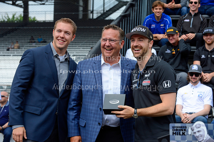 Verizon IndyCar Series<br /> Indianapolis 500 Drivers Meeting<br /> Indianapolis Motor Speedway, Indianapolis, IN USA<br /> Saturday 27 May 2017<br /> Starter's ring presentation: James Hinchcliffe, Schmidt Peterson Motorsports Honda<br /> World Copyright: F. Peirce Williams