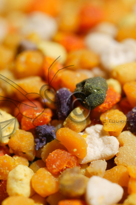 Colored pollen balls