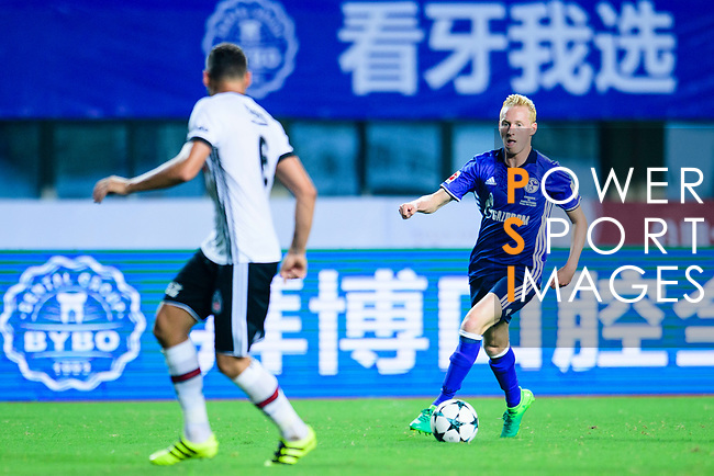 FC Schalke Midfielder Luke Hemmerich (R) in action during the Friendly Football Matches Summer 2017 between FC Schalke 04 Vs Besiktas Istanbul at Zhuhai Sport Center Stadium on July 19, 2017 in Zhuhai, China. Photo by Marcio Rodrigo Machado / Power Sport Images