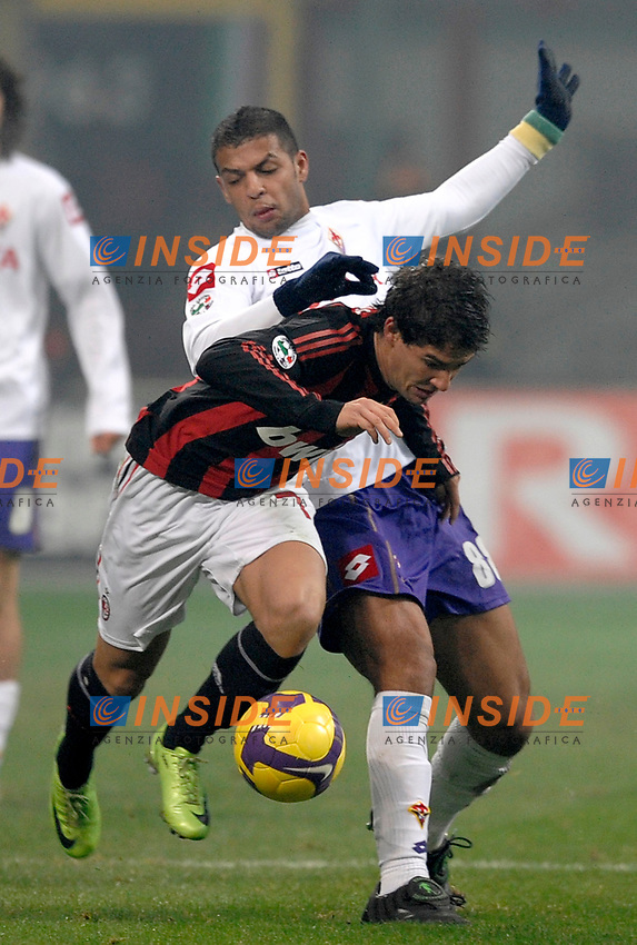 Felpie Melo (Fiorentina) Alexandre Pato (Milan)<br /> Milano 17/1/2009 Stadio &quot;Giuseppe Meazza&quot; <br /> Campionato Italiano Serie A 2008/2009<br /> Milan Fiorentina (1-0)<br /> Foto Andrea Staccioli Insidefoto