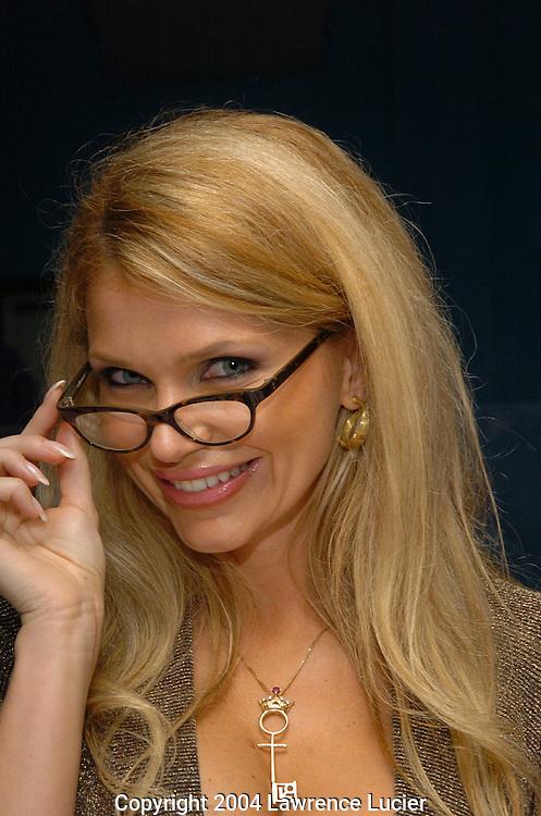 Dr. Victoria Zdrok