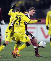 FUSSBALL   1. BUNDESLIGA  SAISON 2011/2012   20. Spieltag 1. FC Nuernberg - Borussia Dortmund         03.02.2012 Shinji Kagawa (li, Borussia Dortmund) gegen Jens Hegeler (1 FC Nuernberg)